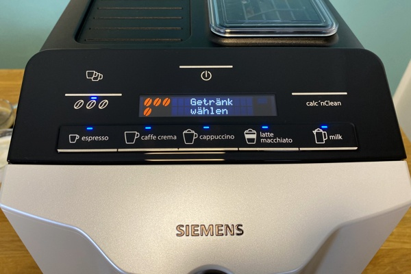 Siemens EQ.300 Display einstellen